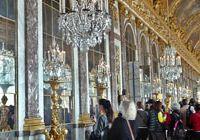Spiegelsaal_im_Schloss_Versailles